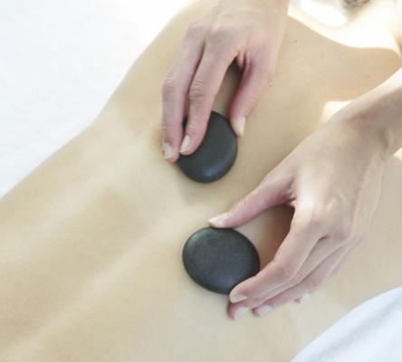 """Bon Cadeau Massage aux pierres chaudes """"Chaleur de la terre"""" (Spa Nature et Santé)"""